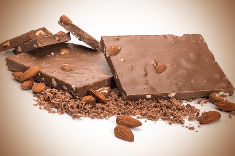 Γάλακτος αμύγδαλο - Milk chocolate almond