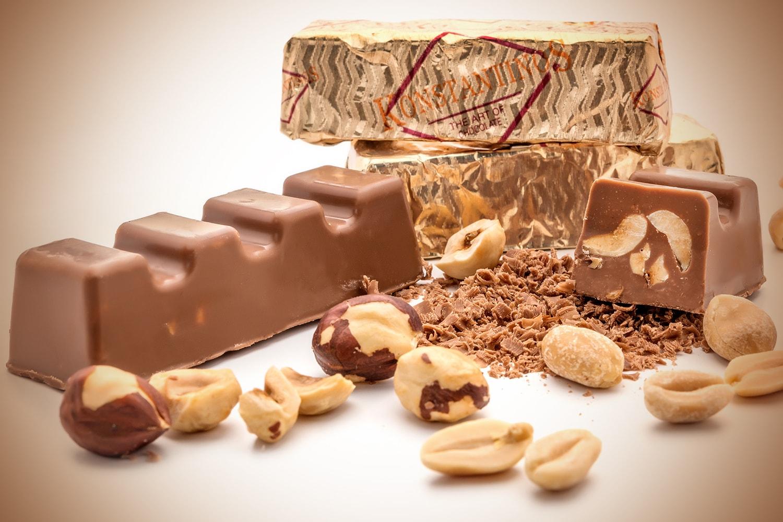 Milk chocolate hazelnut peanut